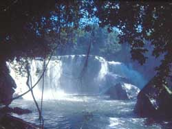 Heaw Pratoon Waterfall is a beautiful sight